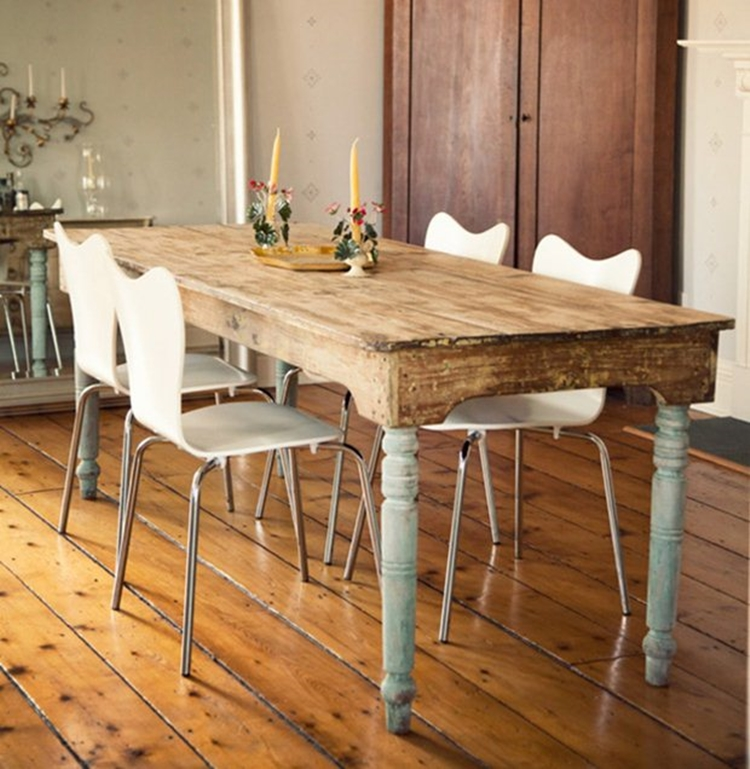 country-style-natural-wood-table