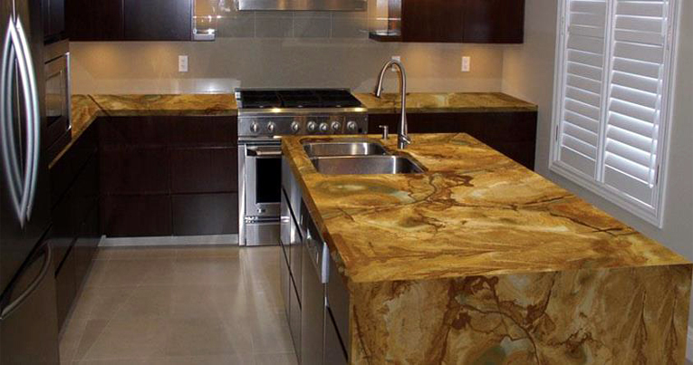 wooden-cabinets-and-granite-countertops