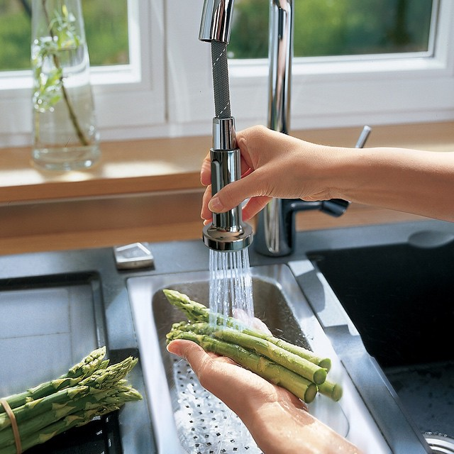 best-pull-down-kitchen-faucet
