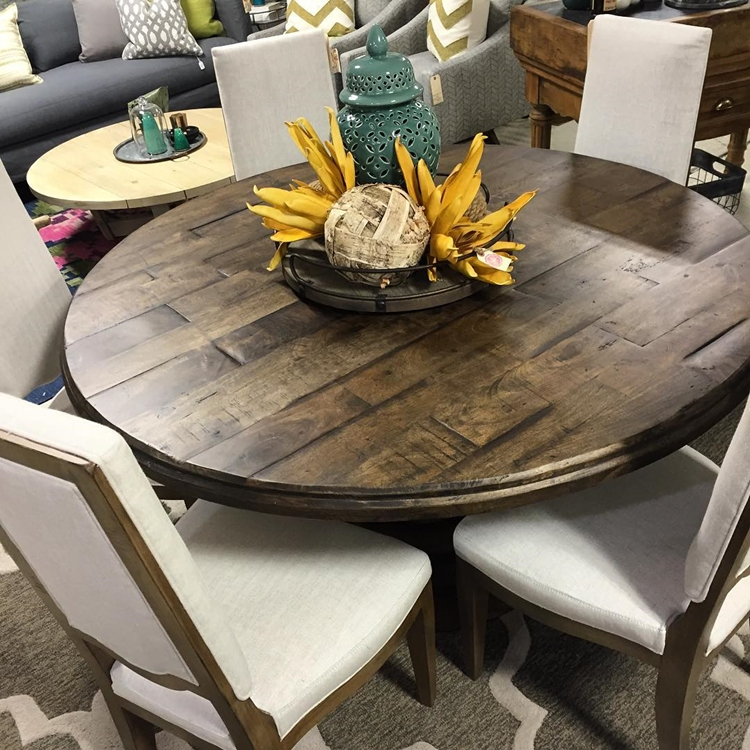round-dining-and-kitchen-tables
