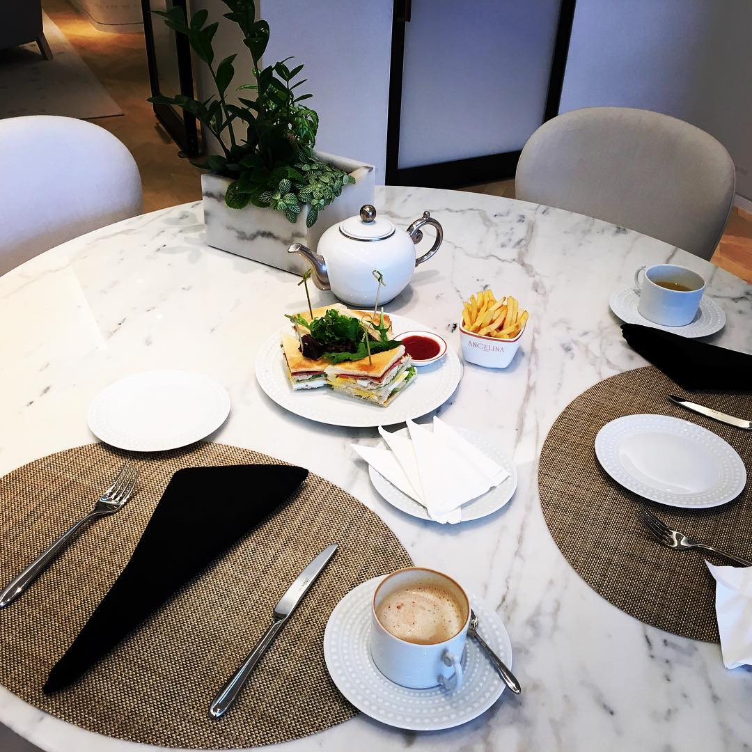 round-dining-tables-8