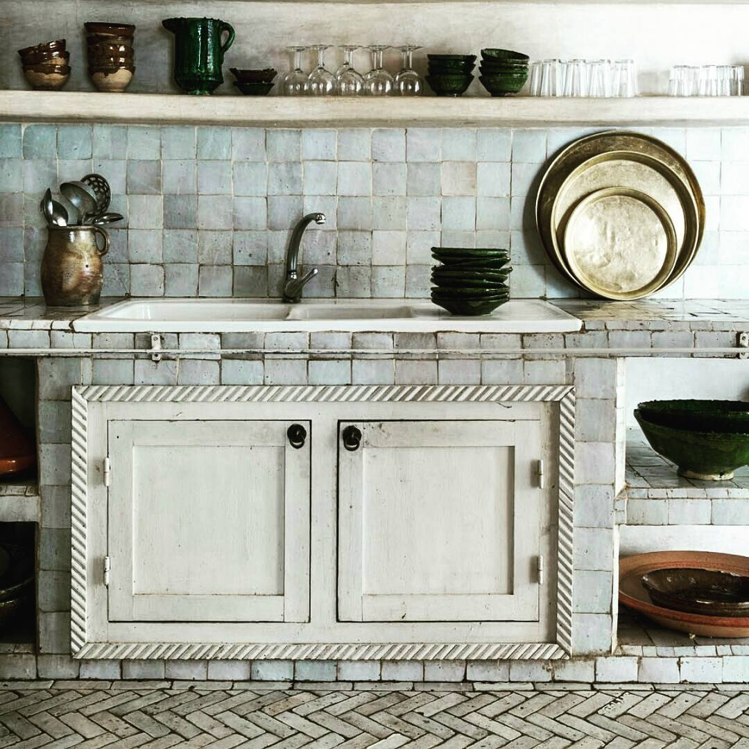 country-kitchen-tiles