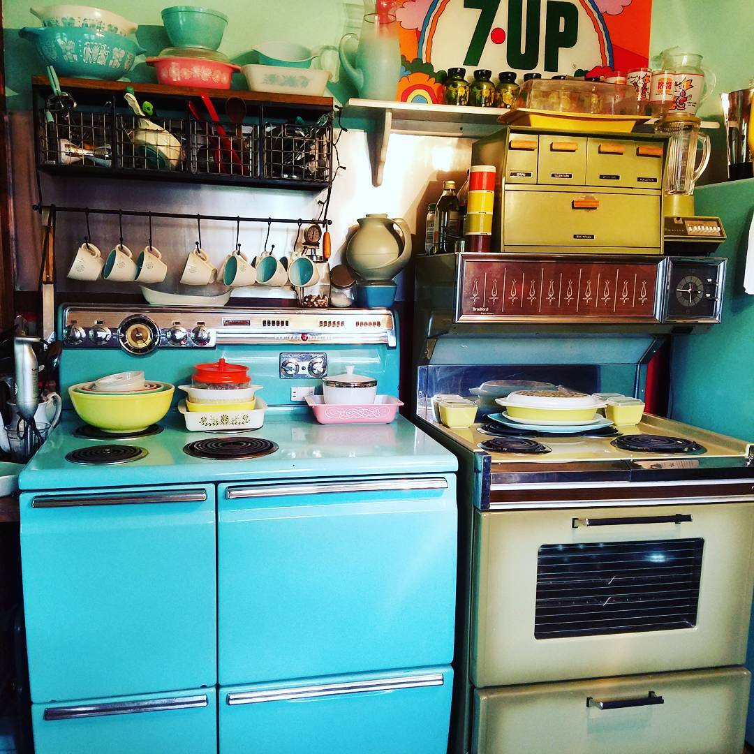 retro-kitchen-decor-ideas-7