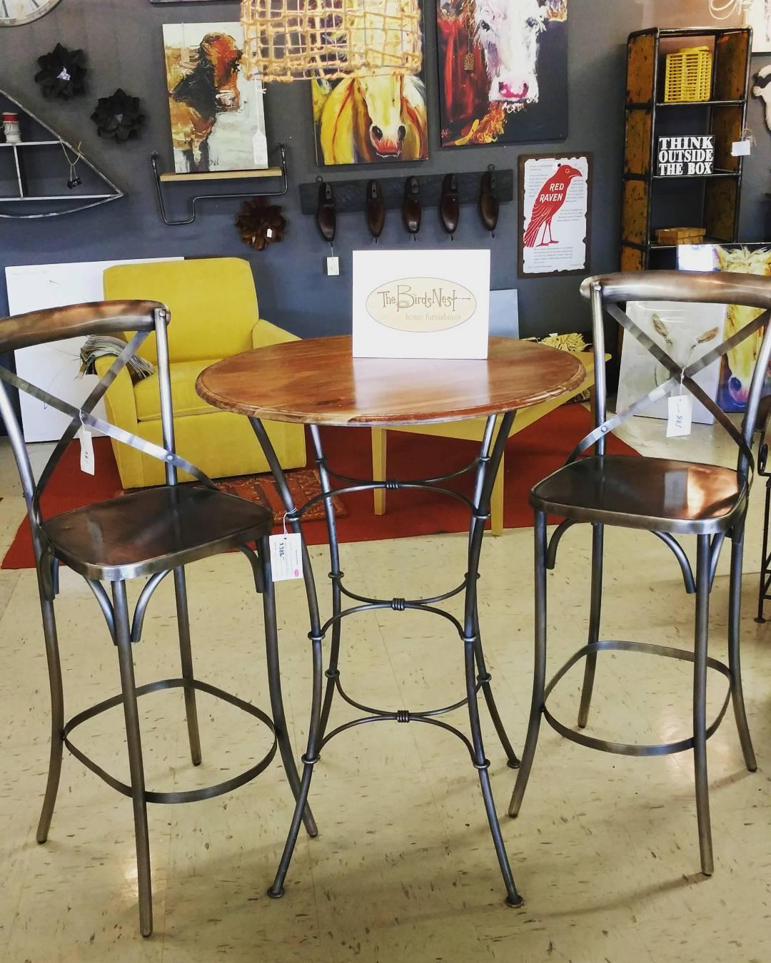pub-table-17