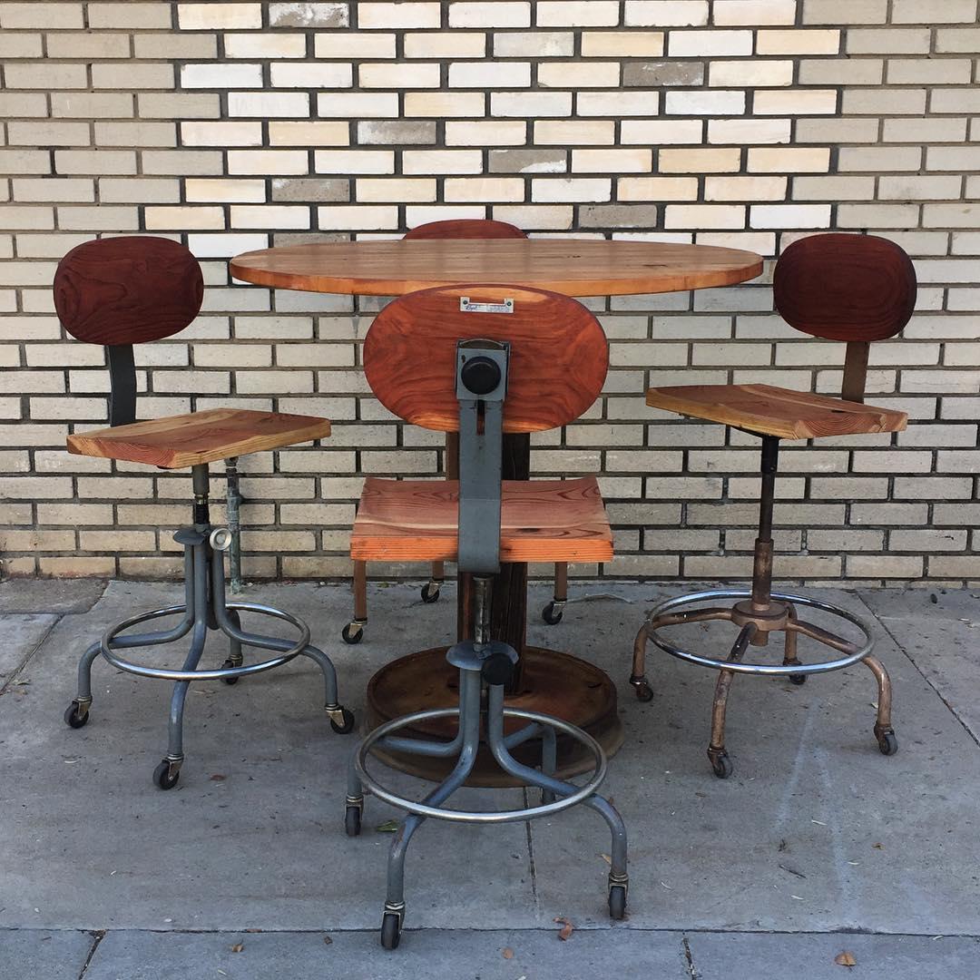 pub-table-20