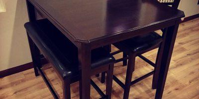 pub table 21