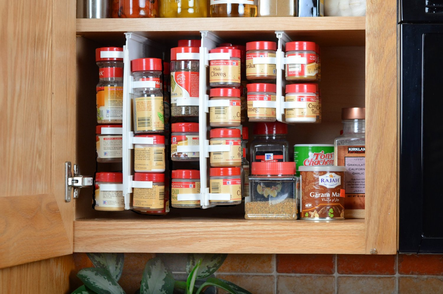 kitchen cabinet spice rack organizer spice rack ideas for the kitchen and pantry buungi 19613