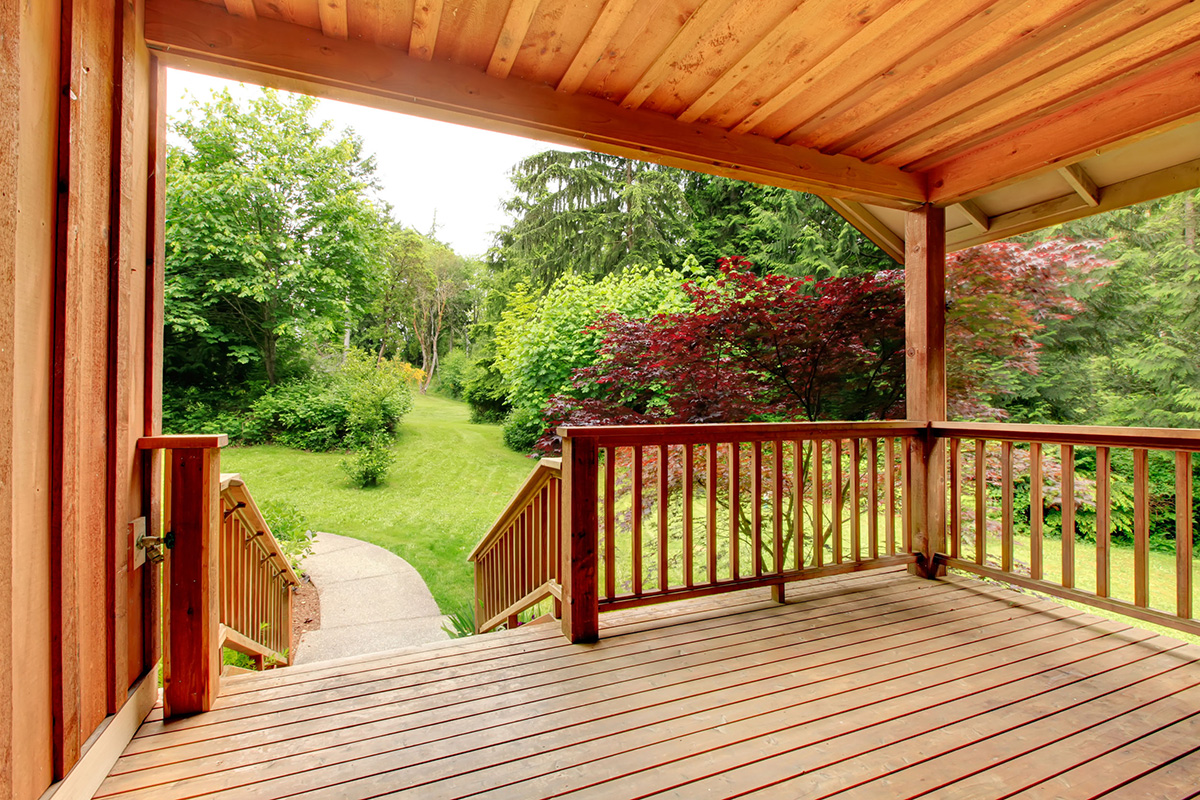 Best Deck Paint For Restore Your Old Wood Deck Buungi Com