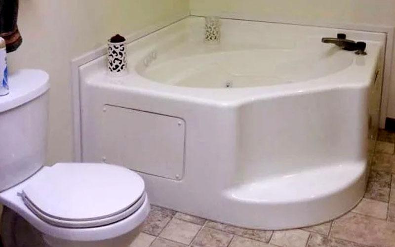 Corner Tub for Mobile Home